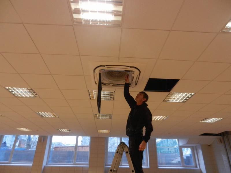установка вентсистем в часто посещаемых местах в Сургуте